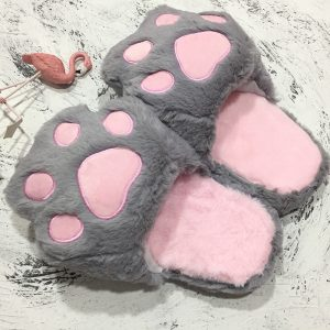 Pantoufle patte de chat